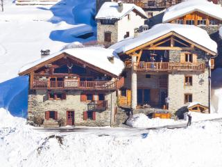 Chalet Rosiere, a magical converted farmhouse, La Rosiere