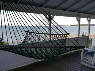 Large Waterfront Cottage; Private Sandy Beach, Wellfleet