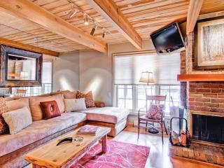 Best location 2/2 in Aspen, 1 block from the Nell!