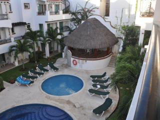 GAVIOTAS STUNNING PENTHOUSE POOL AND JACUZZI, Playa del Carmen