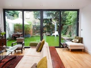 4 bed house with Pilates studio, Fauconberg Road, London