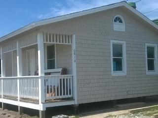 Kemp & Olive Cottage, Nags Head