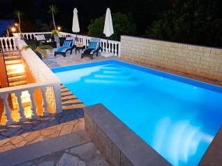 APARTMANTS DRAGOJEVIC, Vela Luka