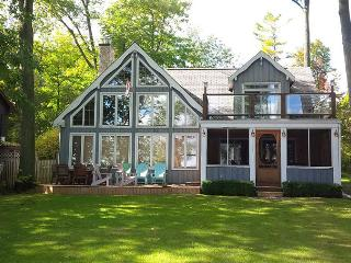 Big Bay Point cottage (#962), Barrie