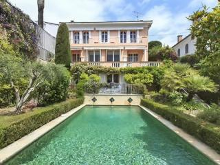 Exceptional luxury villa with pool, Cannes