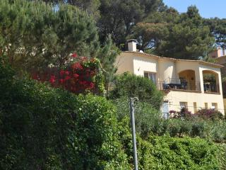 Peaceful Location. Walking Distance to Beach, Begur