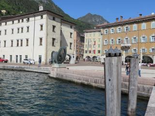 The charm in center in Al Lago apartments, Riva Del Garda