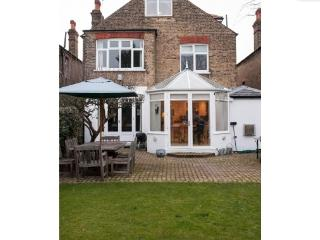 4 bedroom house with garden, Pensford Av. Richmond, Richmond-upon-Thames