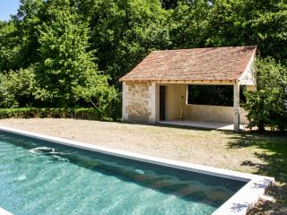 Stone house with private heated pool, Availles-en-Chatellerault