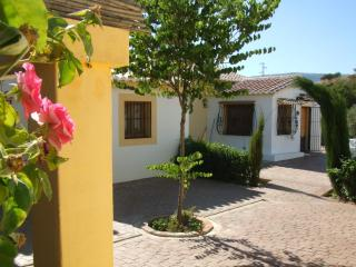 Andalucia Country House with Pool, El Burgo