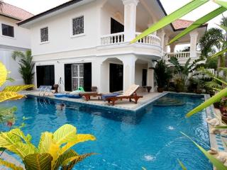 Villa Norway with private pool, Pattaya