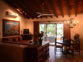 1 Bedroom, third floor - ocean and pool view., Puerto Vallarta