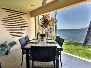 Private Oceanfront Retreat in Puamana 5 STAR, Lahaina