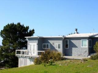 Classic two bedroom home with ocean views, Bolinas