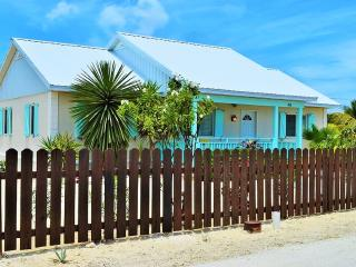 Affordable 3 Bed 2 Bath House Rental 12 Mins from Airport, Providenciales