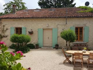 18th centuary Farmhouse in Villereal, private pool, Bournel