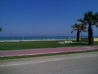 Holiday apartment 100M from the beach, San Tommaso Tre Archi