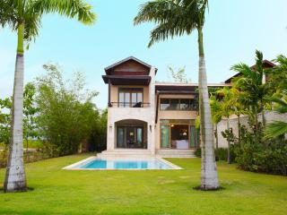 Beautiful Townhouse Villa sleeps 10, La Romana