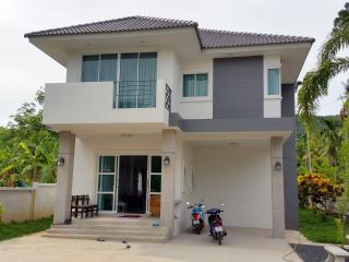 Brand New Secluded 3 Bedroom Villa, Surat Thani