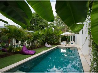 Moonlight Dragonfly, 3br villa in Nusa Dua, Tanjung Benoa