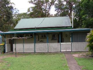 BULAN, 29 KINDARRA ST, AMITY POINT, Amity