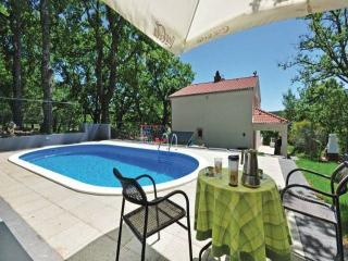 Beautiful villa with pool CR142, Omis