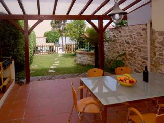 Charming village home, private pool and garden, Argeles-sur-Mer