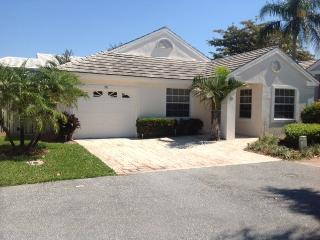PGA NATIONAL RESORT MODERN SINGLE FAMILY HOUSE, Palm Beach Gardens