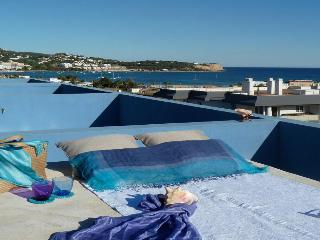 DESIGN PENTHOUSE SEA VIEW POOL NEAR PACHA, BEACH, Ibiza Town