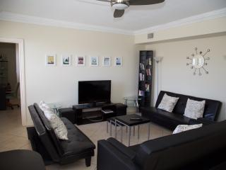2 bedroom / 2 baht wonder, Miami Beach