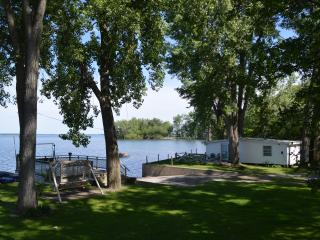 Cottonwood Cove Cottages Lake Champlain, Saint Albans