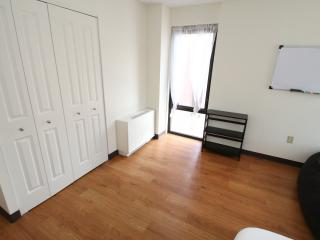 Delightful 2 Bd in Providence by Flatbook