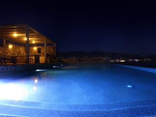 Paros, Luxury Seafront Villa with Infinity Pool