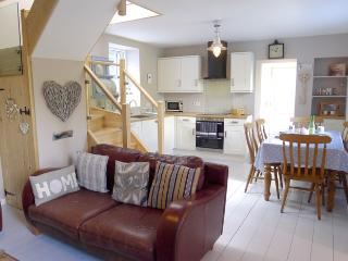Holiday Property - Millbank Cottage, Hazelbeach, Llanstadwell