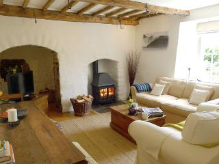 Pet Friendly Holiday property - The Old Bread Oven, Bosherston