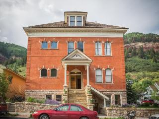 Enjoy the convenience of walking everywhere in downtown Telluride while staying in this renovated historic condo.