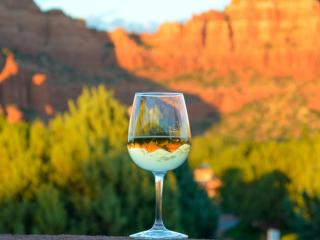 Fabulous Red Rock Views newly renovated home with, Sedona