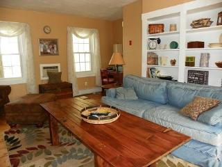 Vacation Getaway in White Mountain Bed & Breakfast, Campton