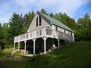 Private White Mountain Home with Fantastic Views!, Woodstock