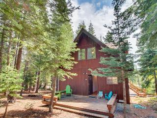 Close to trails, skiing, and town & w/ access to bikes, Carnelian Bay