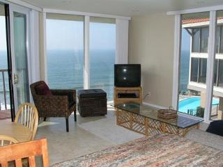 1 Bedroom, 1 Bathroom Vacation Rental in Solana Beach - (DMST25)