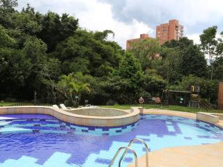 BEAUTIFUL, COMFORTABLE, AND AFFORDABLE, Medellin