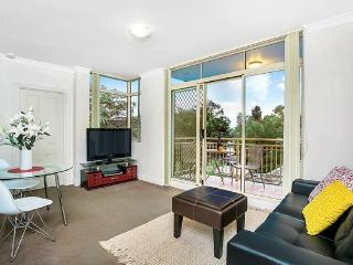 GER29 - Lovely 1 Bedroom Apartment in leafy suburb, Cremorne