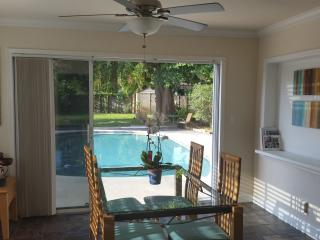 Slice of Paradise, heated pool, hot tub, Wilton Manors