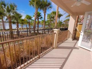 3 Bedroom Vista Cay Resort Condo with Lake View. 4816CA-108, Orlando