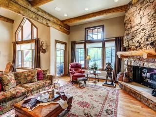 Amazing 4BR Bear Paw Lodge Penthouse, Ski In/Ski Out in Bachelor Gulch with Access to Ritz Carlton, Beaver Creek