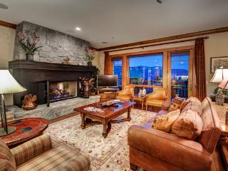 Incredible 4BR Platinum Rated Ski In/Ski Out Hummingbird Condo in Exclusive Bachelor Gulch with Ritz Carlton Access, Beaver Creek
