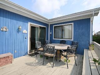 Just Max - Centrally located two bedroom duplex with a fenced in back yard, Wrightsville Beach