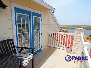 Coastal Getaway is close to the beach & has a great view of the Gulf!, Corpus Christi
