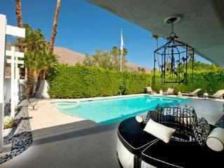 Palo Fierro Vacation Home, Palm Springs